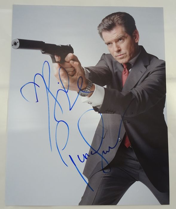 James Bond - Photogrph 007 - Pierce Brosnan - signed promo photo - with Coa