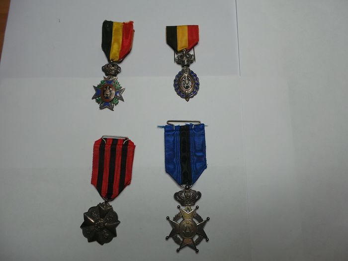 Belgium - 4 old Belgian medals for civic decoration - Medal - 1920