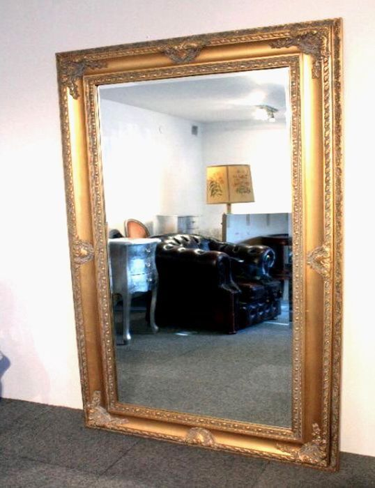 Mega huge golden baroque mirror in a beautiful frame - Wood