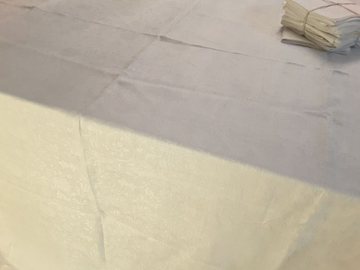 tablecloth with napkins (13) - Damask linen flannel - 1940/1950