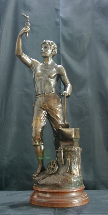 Charles Ruchot (act. ca. 1880-1925) - Sculpture, The Smith - 71 cm (1) - Art Nouveau - calamine - Late 19th century
