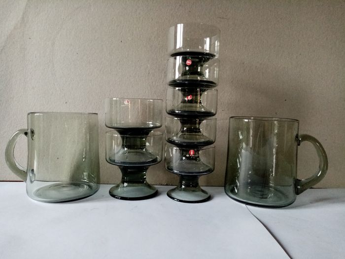Iittala - Glasses and carafes (9) - Modern - Glass (stained glass)