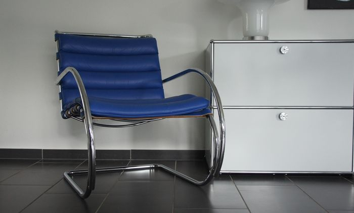 Ludwig Mies van der Rohe - Knoll - Lounge chair (1) - MR Lounge Chair