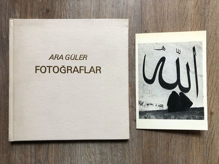 Ara Güler - Fotograflar with signed postcard - 1980