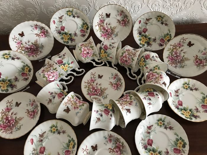 Royal Albert 12 Ladies Cup and Saucers NEW! Country Life Series 6 x Sweet Briar and 6 x Wood Spring (24)