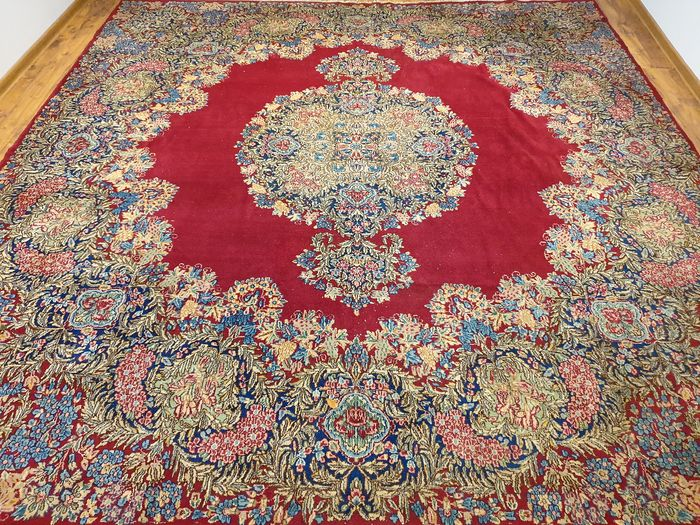 Kirman - Carpet - 320 cm - 310 cm