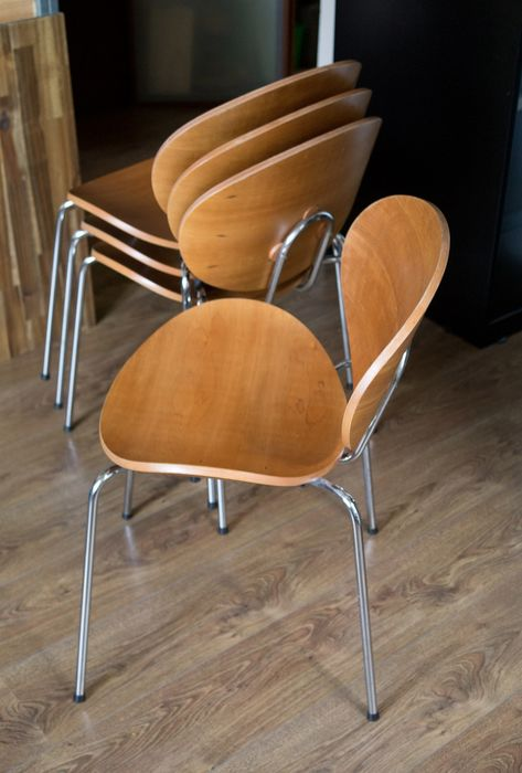 Onbekend - Seating group, Four identical tubular seats with curved plywood seat and back (4) - Curve