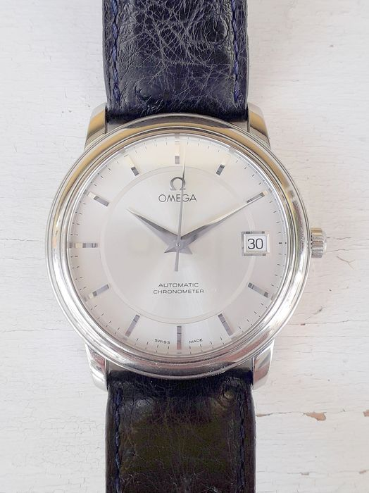 Omega - Men's Automatic Chronometer With Date Extra Flat Steel Rare - Men - 2011-present