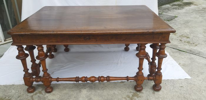 Coffee table (1) - Walnut - Late 19th century