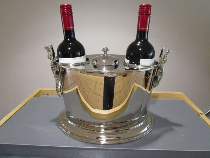 wine cooler for 2 bottles, with compartment for ice cubes, or cold water. (1) - silver-colored metal.