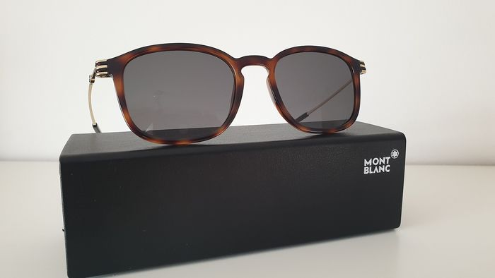Montblanc - MB698S Smoke mirrored ZEISS lenses  Sunglasses