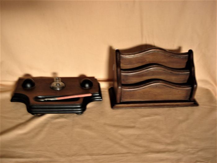 Edordian period desk set: inkwell and letter holder
