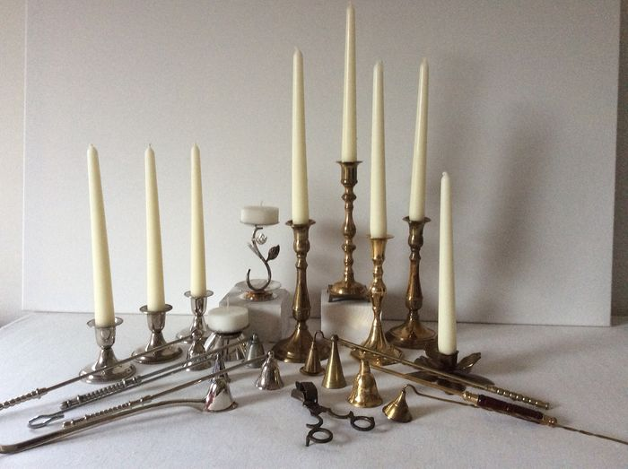 10 candlesticks and 10 dovers. - brass-silver-plated-copper-metal.