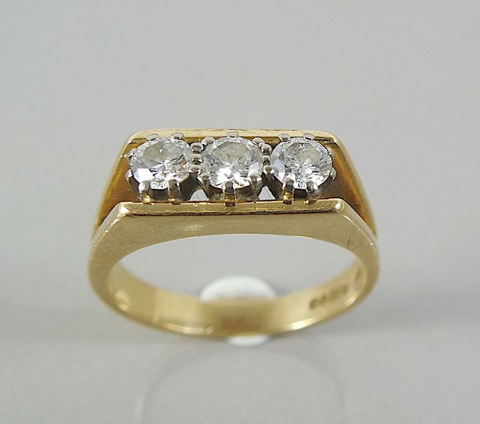 18 kt. Yellow gold - Ring - 0.75 ct Diamond