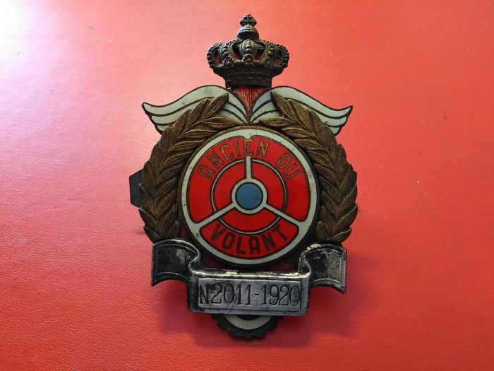 Insignia - Rare Badge Ancien du Volant N2011 - 1920 Authentique - 1920