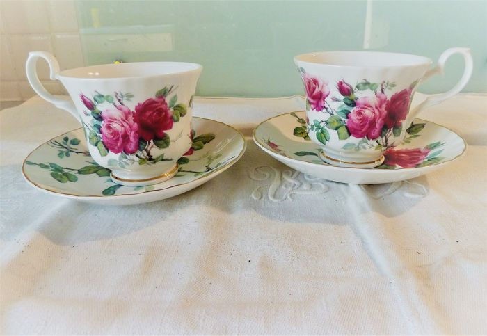 set of two very pretty cups and their saucers English Rose Roy Kirkham (4) - Fine China Bone China