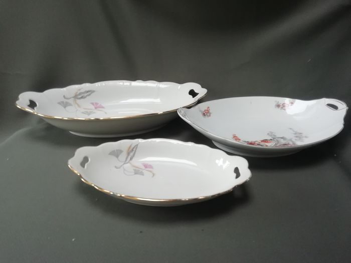 3 Luxury queens serving bowls Christmas - porcelain