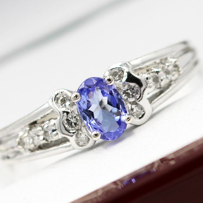 14 kt. White gold - Ring - 0.37 ct Tanzanite - Diamonds