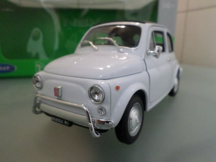 Welly Nex - 1:18 - Fiat  500  White