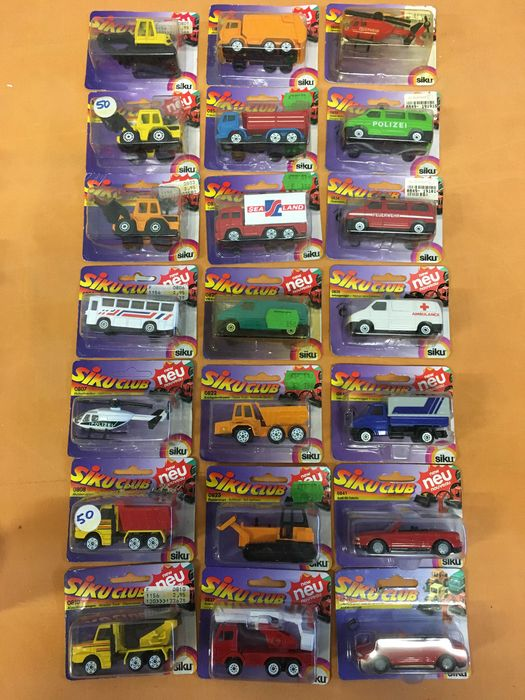 Siku - 1:50 - 1:55, 1:87 - More models - 21 Siku toys. All in good shape and mint condition. Non-opened packages.
