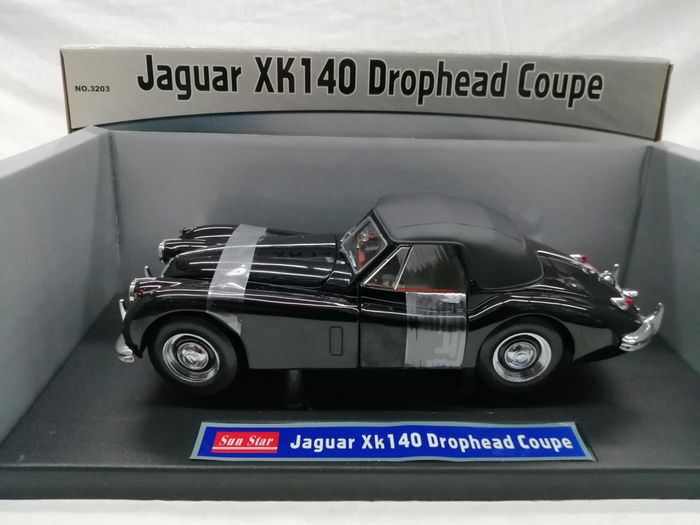 Sunstar - 1:18 - Jaguar XK140 Drophead Coupe 1955 - Colour black