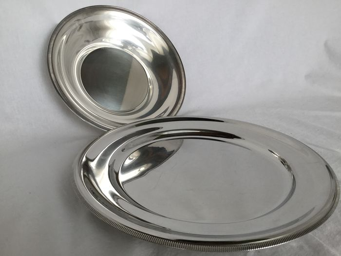 Letang Remy en Metal blanc  - Two beautiful silver-plated bowls - a serving dish and fruit bowl, silver-plated