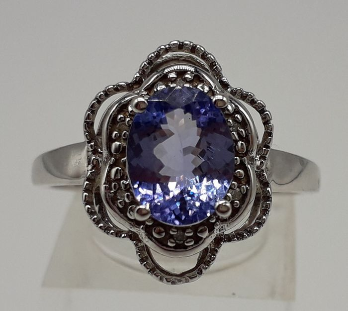 Faceted Tanzanite (AA Colour 1.80ct) & Diamond - 9K Or blanc - Bague