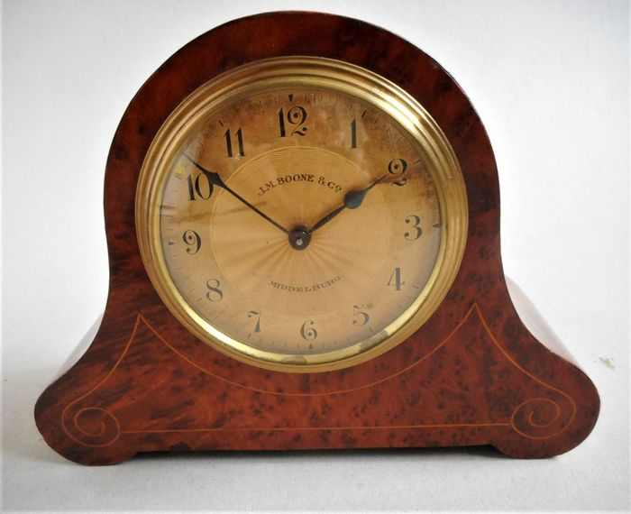 J.M. Boone Middelburg - Table clock - Wood - Early 20th century