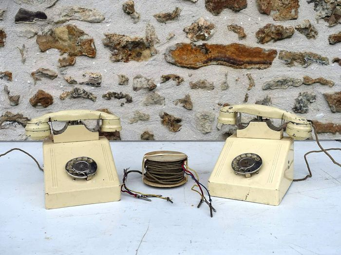 "Toy, ""Telephone Toy"" - two telephones games - 60s - Steel, original cable, box and instructions."