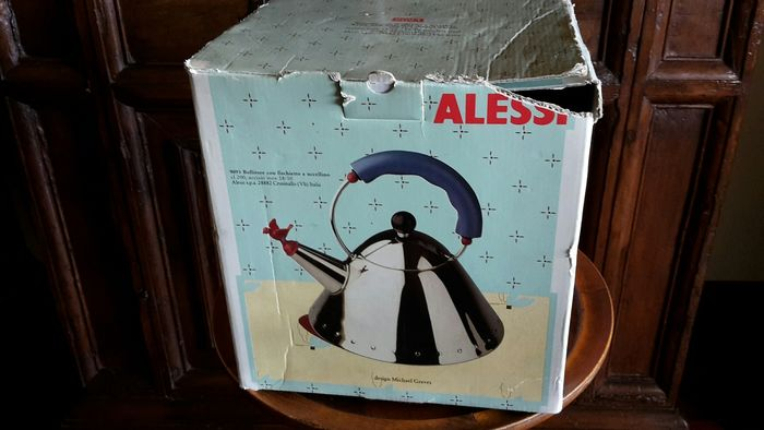 Michael Graves - Alessi - kettle (1) - 9093
