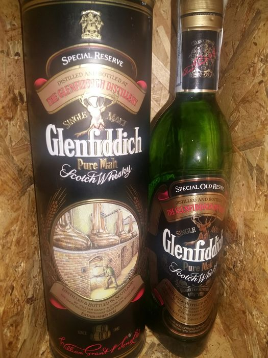 Glenfiddich Pure Malt in rare metal box 'The Glenfiddich Tradition' - Original bottling - b. Anni '90 - 70cl
