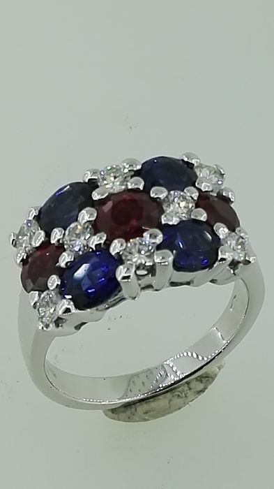 18 kt. White gold - Ring - 0.54 ct Diamond - Rubys, Sapphires