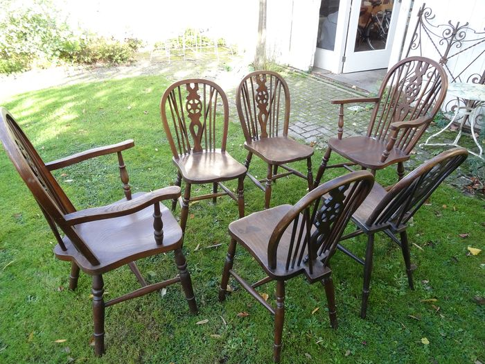 Eetkamer stoel, Windsor style, set of six: four dining chairs and two armchairs (6)