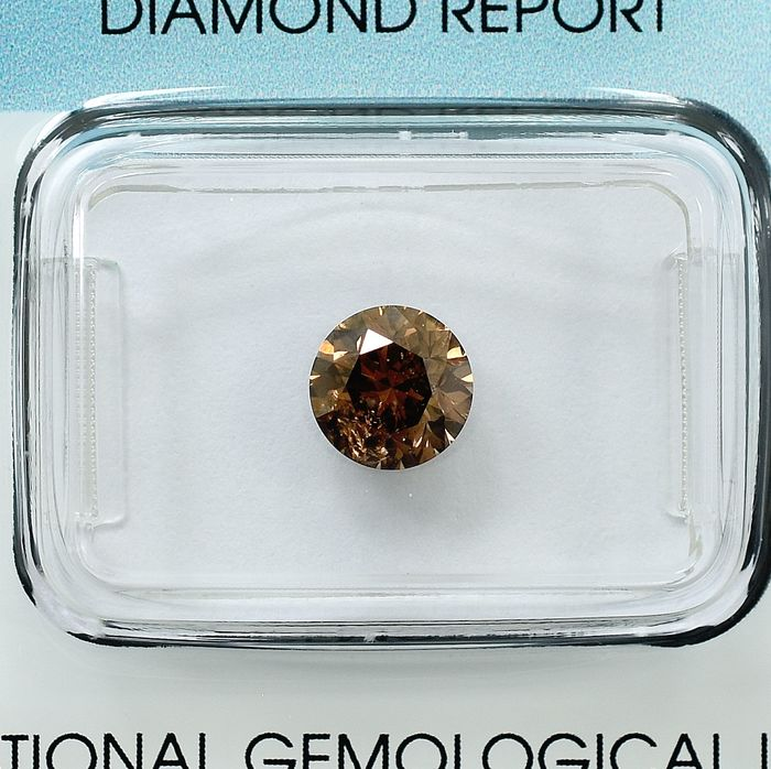 Diamant - 1.11 ct - Briljant - Natural Fancy Deep Orangy Brown - P1