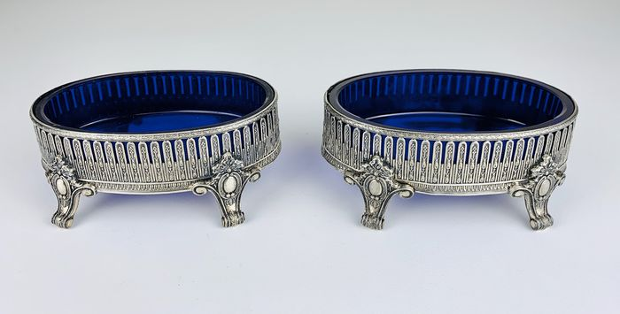 Pair of dishes with blue glass liners - Silverplate