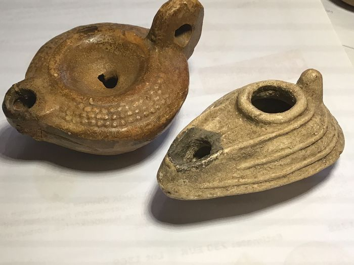 Ancient Roman Terracotta Two - Roman oil lamp - 5×6×8 cm - (2)