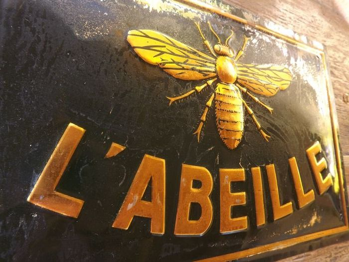 L'ABELLE - Plaque - Bronze (gilt/silvered/patinated/cold painted)