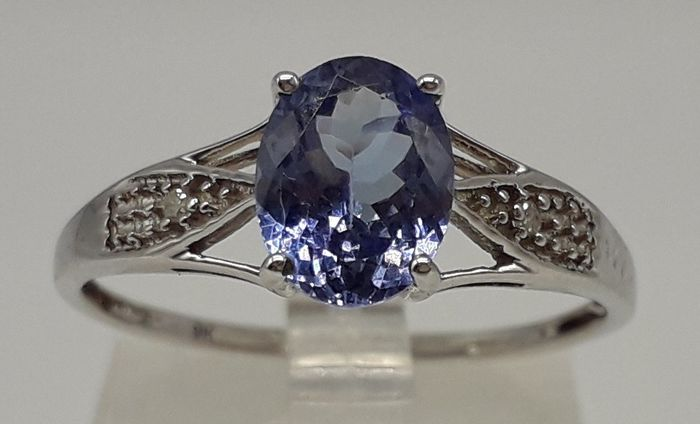 Oval-Cut Tanzanite (AA Colour 1.1ct) & Diamond - 9K Or blanc - Bague