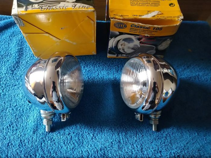 Deler - Volkswagen - Vintage Hella 105 chrome driving light driving lamps - 1980-1970