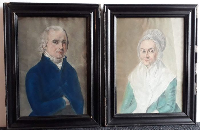 Dutch School - Distinguished gentleman and lady - 2 Pastel drawings in frame (2) - Paper - Approx. 1820