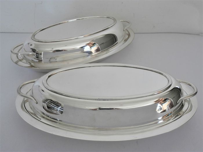 Hawksworth, Eyre & Co - Set of double serving dishes (2)