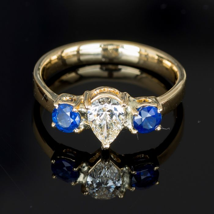 18 kt. Yellow gold - Ring - 0.52 ct Diamond - Sapphires
