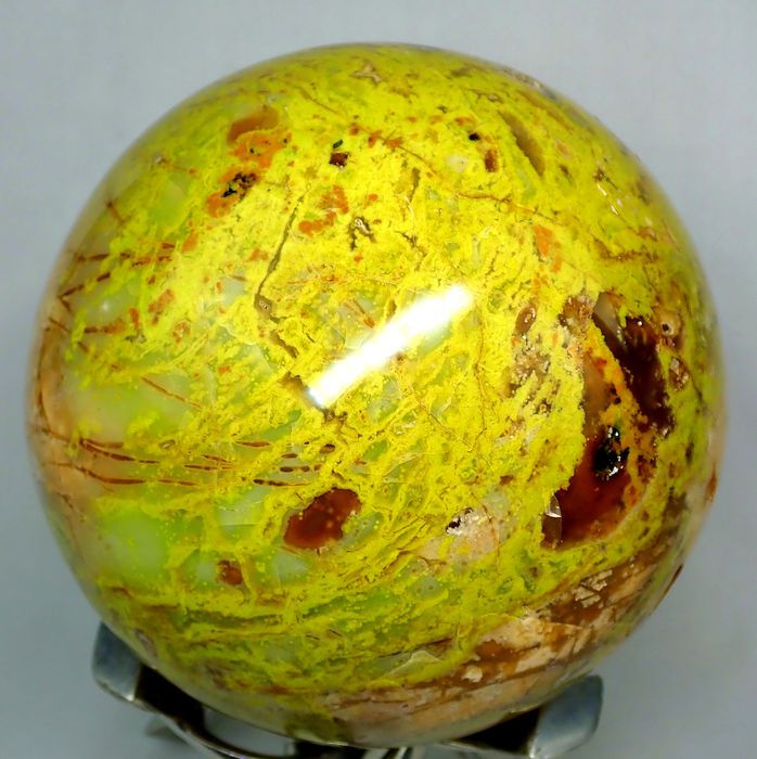 Big Natural Green Opal Sphere With Nice Natural Druses - 142.13×142.13×142.13 mm - 3116 g