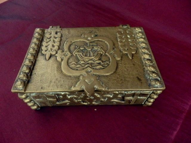 Carved Desk Trinket Box w/ Lisbon Coat-of-Arms, ca. 1910 - Solid heavy brass and red velvet lining