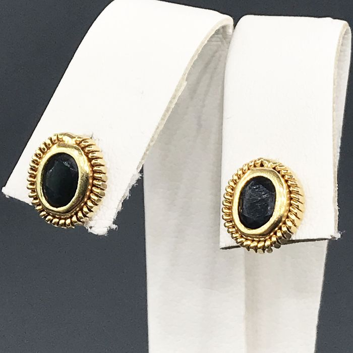 18 kt. Yellow gold - Earrings - Sapphires