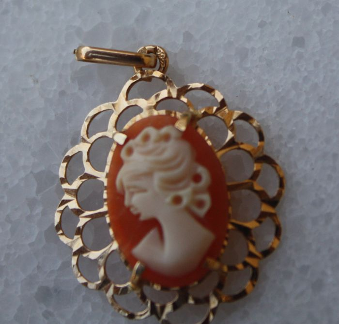 18 kt. Yellow gold - Pendant cameo