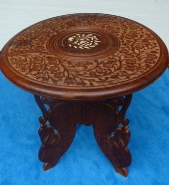 Oriental Table - Wood - India - Late 20th century