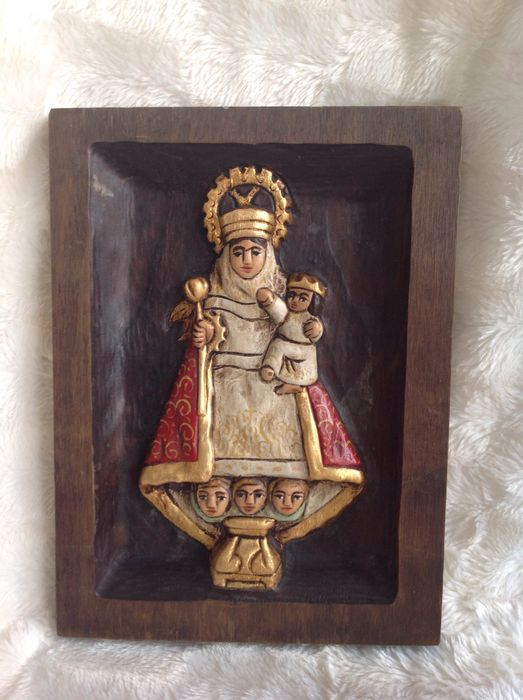 relief wood carving icon - Wood
