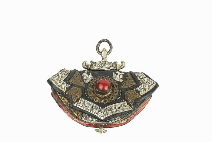Bag - Brass, Coral, Leather, Silver - A Tibetan Leather Pouch - Tibet - Late 19th century