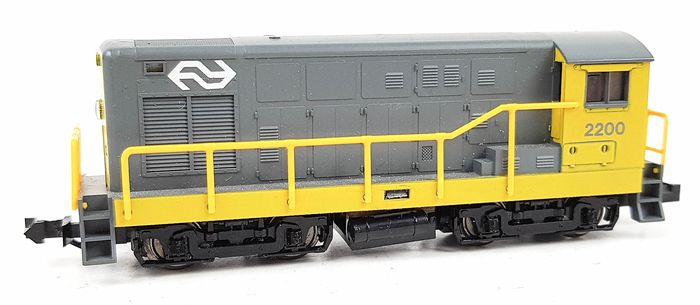 Minitrix N - Diesel locomotive - Series 2200 - NS